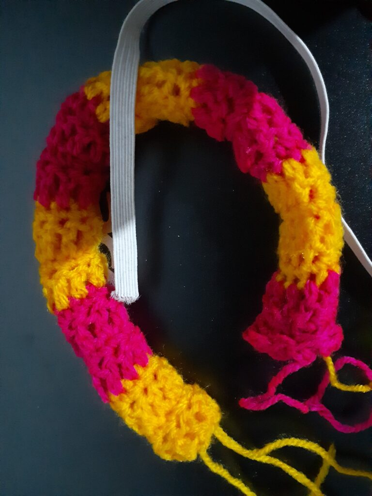 Making the crochet hair band